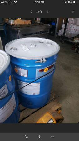 Photo 50 gallon Sherwin Williams Red Outdoor Chair Paint - $199 (Mooresville)