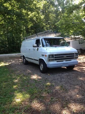 Photo 95 Chevy Van - $1,000 (Concord)