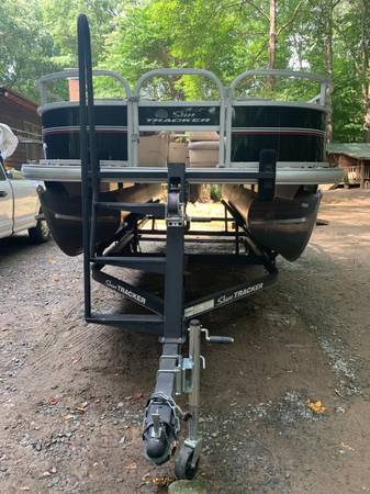 Photo Bass Buggy 18DLX - $17,000 (Mt. Holly)