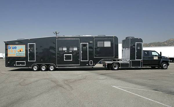 Photo Custom Built Production motorhome and trailer for sale - $89,000 (Charlotte)