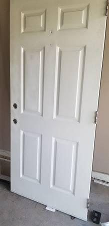 Photo EXTERIOR DOOR 36quot LEFT HAND WITH CASING - $125 (Charlotte)