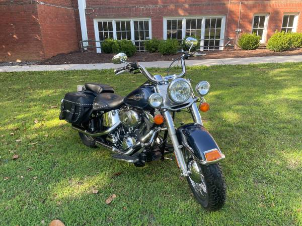 Photo HD heritage soft tail - $9,000 (York, SC)