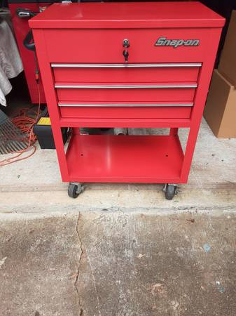 Photo Snap on tool cart - $425 (MOUNT HOLLY)
