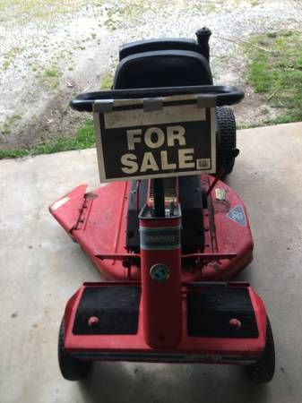 Photo Snapper riding mower - $300