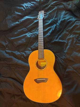 Photo Yamaha CSF-1M Parlor Acoustic Guitar - $350 (Concord)