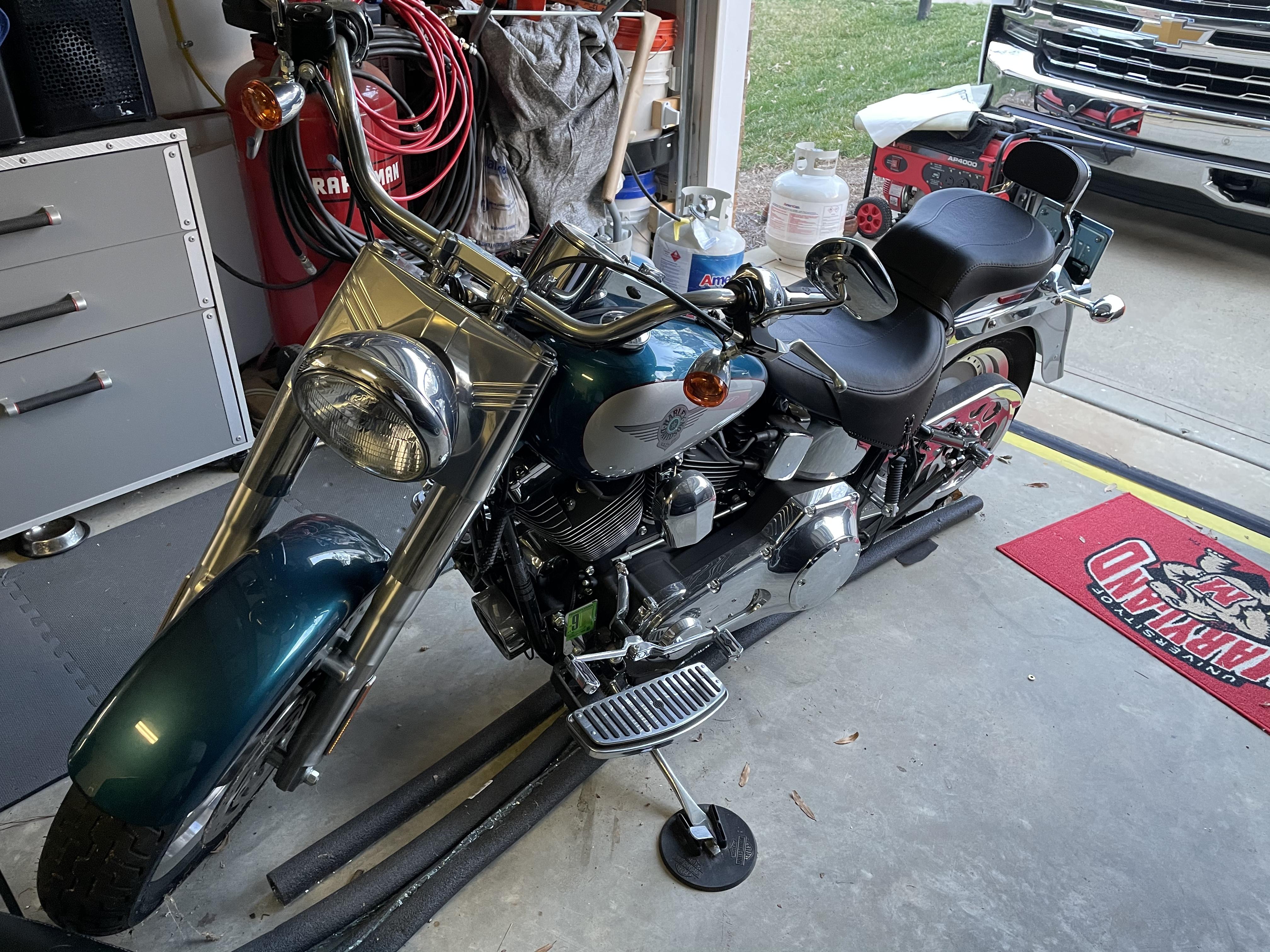 Photo 2004 Harley-Davidson FAT BOY $222.60222.60