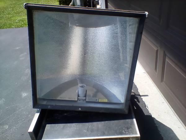 Photo 1000 watt light fixture - $50 (Fredonia)