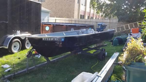 Photo 14 ft Aluminum fishing boat $2400 obo - $2,400 (N Tonawanda)