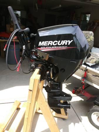 Photo 15 HP 2018 Mercury Outboard boat motor - $2,800 (Kenmore)