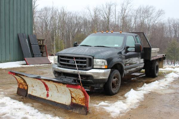 Photo 2004 Ford F350 Dually Diesel with Blizzard Snow Plow - $9500 (Russell,)