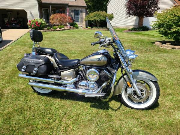 Photo 2005 Yamaha 1100 classic Silverado - $4,300 (canfield ohio)
