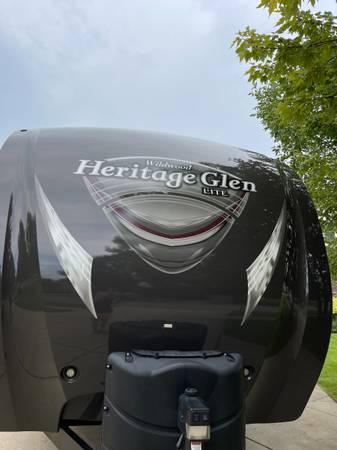 Photo 2015 Heritage Glen 282RK - $24,495 (Grand Island)