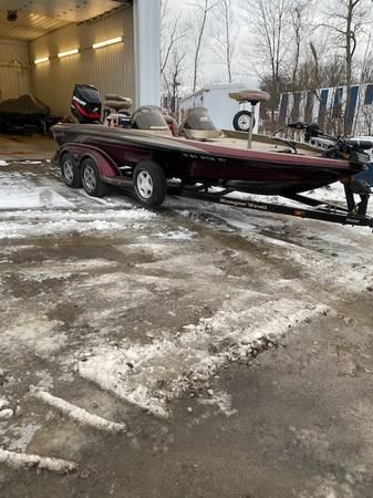Photo 520 VX Ranger boat for sale - $16,000 (Jamestown)