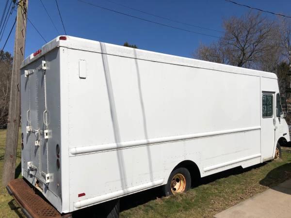 Photo Aluminum Step Van  Food Truck - $1200 (Jamestown)