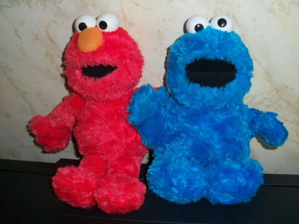 Photo GUND Cookie Monster - Elmo - $8 (Fredonia, NY)