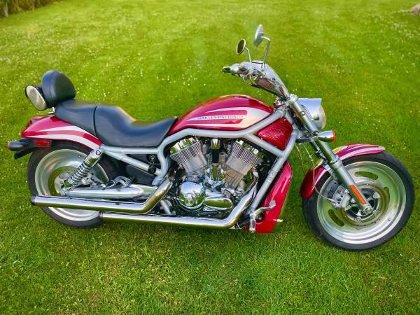 Photo Harley V-Rod - $5,200 (WNY)