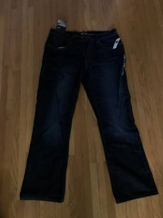 Photo Mens Gap Boot Cut Jeans 34 Waist - $20 (Hamburg)