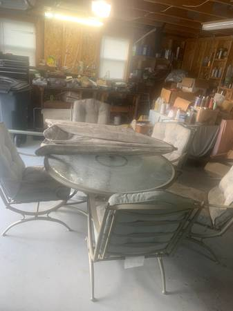 Photo Outdoor lawn furniture - $325 (Lakewood)