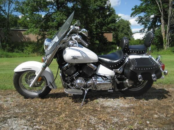 Photo V Star 650 Silverado 2004 - $3,800 (Sandy Lake)