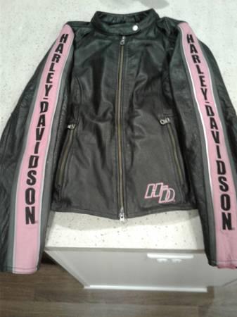 Photo Womens Harley Davidson Jacket - $150 (Blasdell)