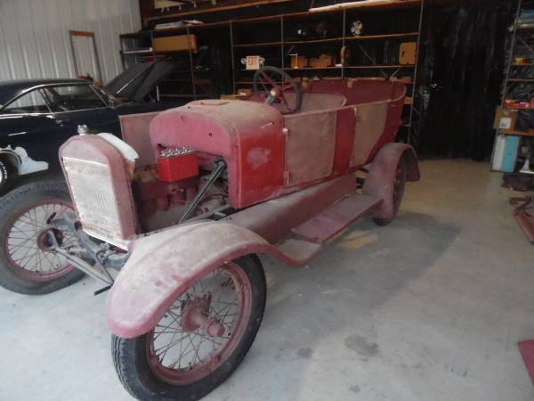 Photo 1927 FORD MODEL T - $3950 (Naperville)