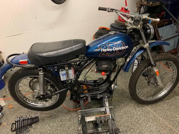 Photo 1975 Aermacchi Harley Davidson 250SS - $2500