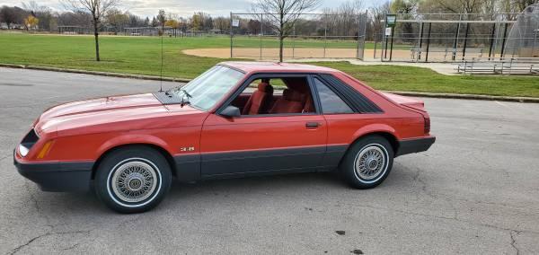 Photo 1986 Ford Mustang LX foxbody fox body - $6,800 (Schaumburg)