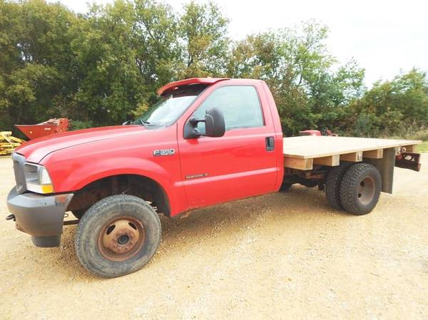 Photo 2002 FORD F350 REG CAB DUALLY 4x4 with 7.3L DIESEL WITH FLATBED - $4500 (Mchenry)