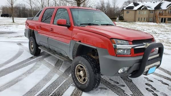 Photo 2002 chevy Avalanche - $7,500 (WILMINGTON)