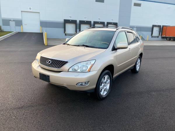 Photo 2005 Lexus RX330 All wheel Drive CLEAN - $6,000 (Lake Bluff)