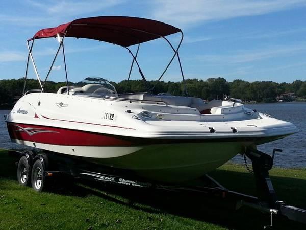 Photo 2006 Hurricane Deck Boat - Great Condition - $29,900 (Wonder Lake)