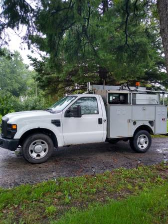 Photo 2008 Ford f350 super duty with utility service bed 125,000miles - $7,900