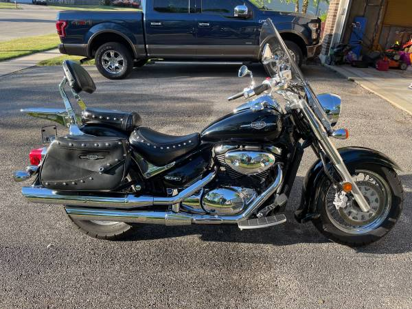 Photo 2008 Suzuki Boulevard C50T - $3,000 (Dekalb, IL)