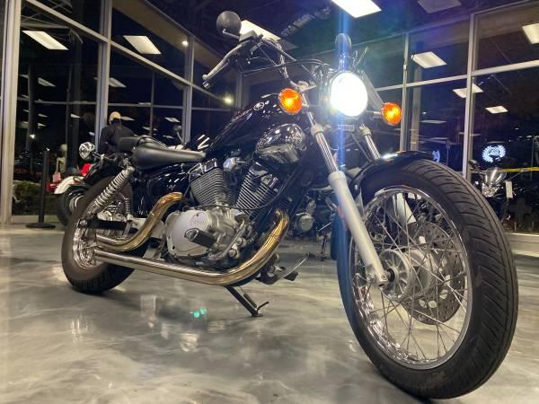 Photo 2011 Yamaha VStar 250 - $2,595 (Arlington Heights)