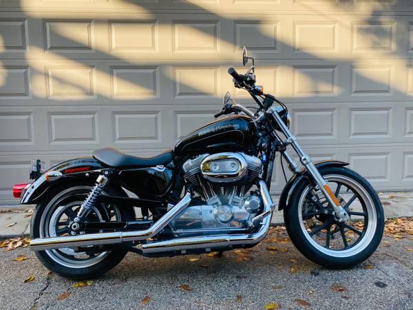 Photo 2015 Harley Davidson 883 Superlow - $4,500 (Logan Square)