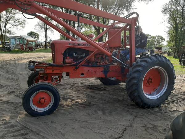 Photo Allis Chalmers WD high crop tractor with front end loader - $2,500 (DeMotte IN)