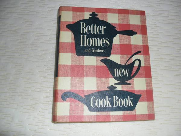 Photo BETTER HOMES AND GARDEN NEW COOKBOOK-PRE-OWNED 1953 COPYWRIGHT - $10 (DES PLAINES)