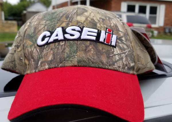 Photo BRAND NEW Case IH Two Tone Realtree Camo 3D EmbroidLogo 540 Brand Hat - $10 (LOMBARD)