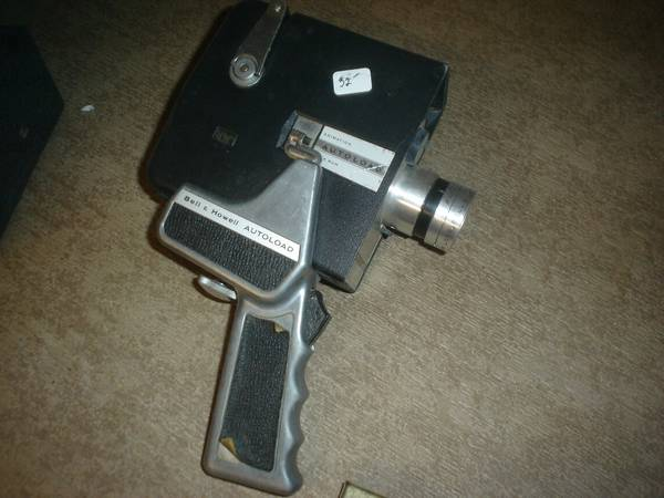 Photo Bell and Howell Camera 8mm autoload zoom reflex - $23 (west of valpo)