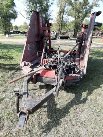 Photo Bush Hog brand 15 ft batwing mower cutter pull with tractor - $1,500 (DeMotte IN)