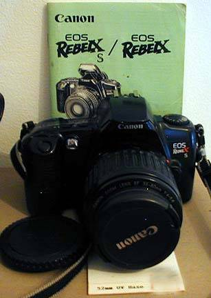Photo CANON EOS REBEL XS FILM CAMERA EF 35-80 MM 14-5.6 ZOOM LENS MANUAL - $50 (DES PLAINES)