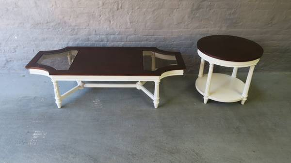 Photo Coffee and end table pair - $200 (Chicago)