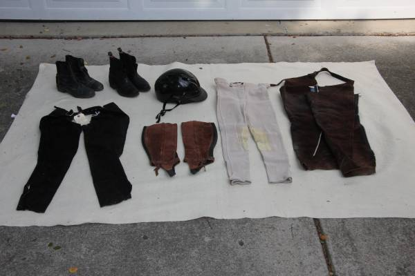 Photo Horseback riding wear - $20 (City of West Chicago (far west suburbs))