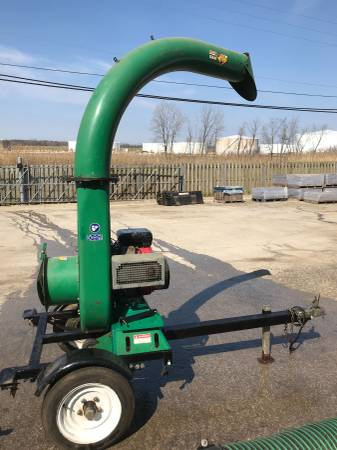 Photo Leaf Vacuum with Trailer - $3500 (Naperville IL)