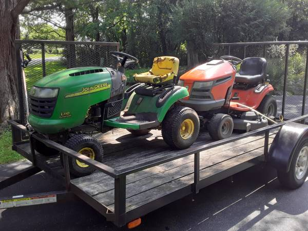 Photo Looking for used mowers PUSHorRIDER I don39t care about condition (ELGIN IL)