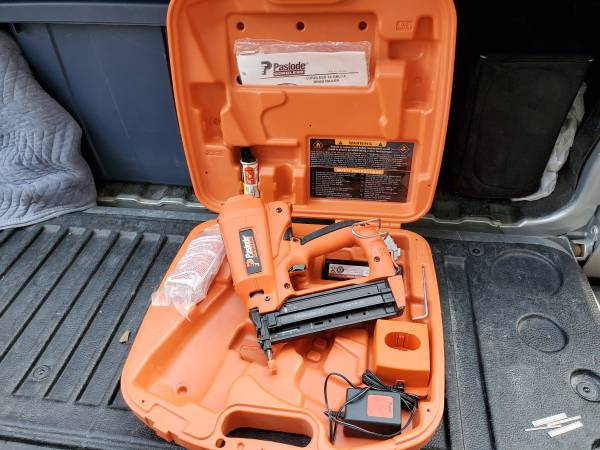 Photo Paslode Cordless Finish Nailer - $225 (Crystal Lake  Barrington)