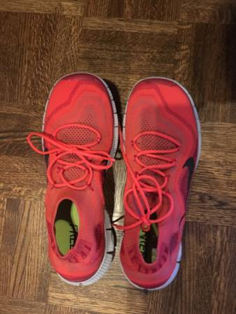 Photo Rare red Nike Running Shoes - $60