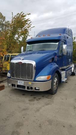 Photo Semi truck 2007 Peterbilt - $8000 (Franklin Park)
