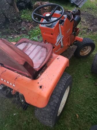 Photo Simplicity, Cub Cadet, Snapper tractors for Sale. - $350 (medinah)