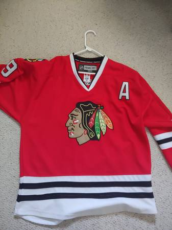 Photo Stitched Mens REEBOK BOBBY HULL 9 Chicago Blackhawks Authentic Jersey - $45 (NW Chicago)